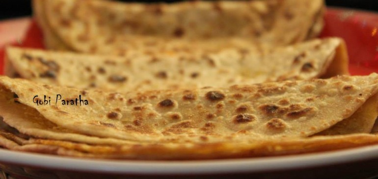 Gobi Paratha ( Cauliflower stuffed bread)