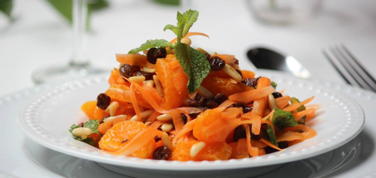 Moroccan Carrot & Orange Salad