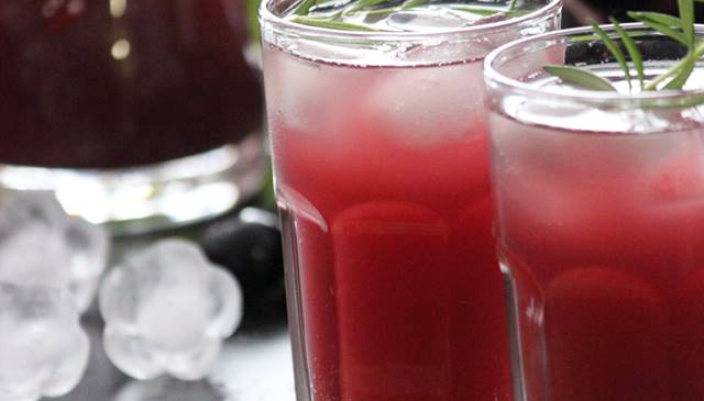 Grape-Pineapple Mint Fizz ( Sugar Free )